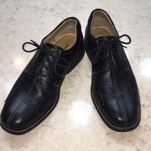 Johnsto & Murphy men's black dress shoes size 12